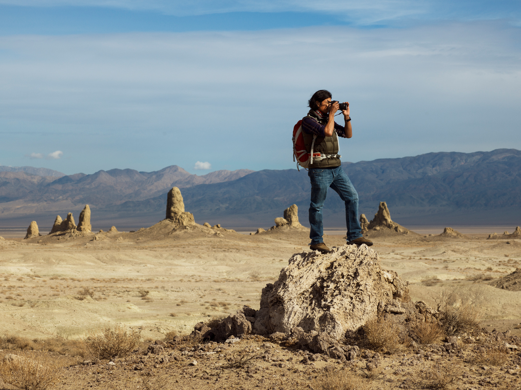 ABBOTT_CA_Trona_Hiker__0696_r2_HIGH