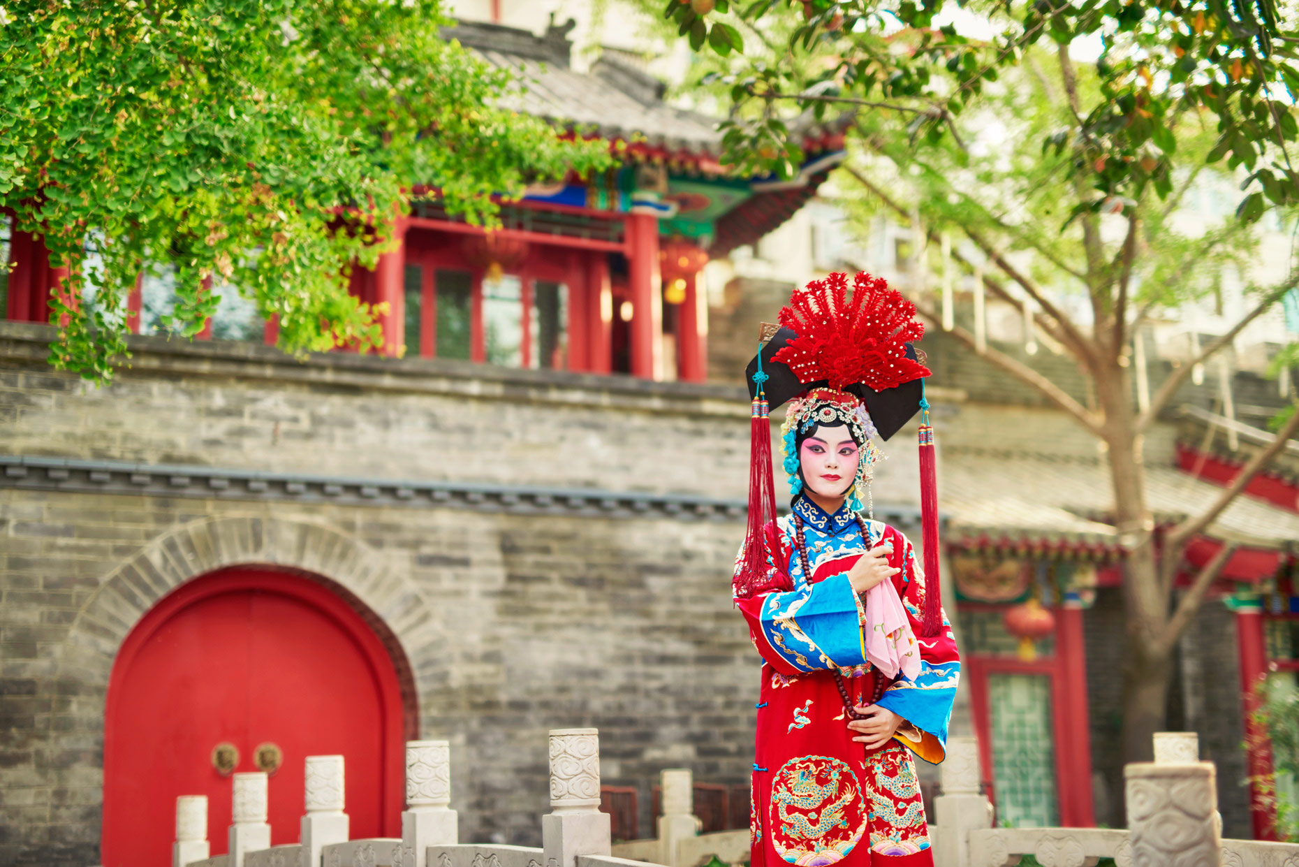 Abbott_China_Beijing_Shot_07_Chinese_opera_0072v4_Highres_TIFF_001